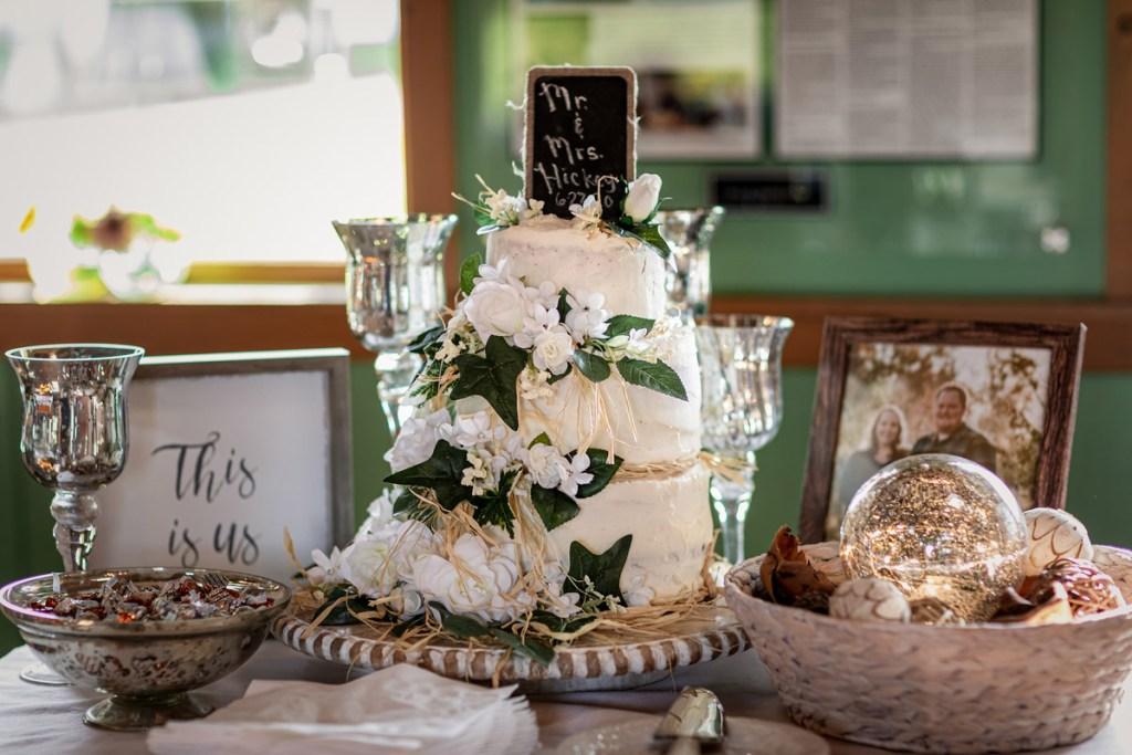 Liza & Bob's Wedding Cake